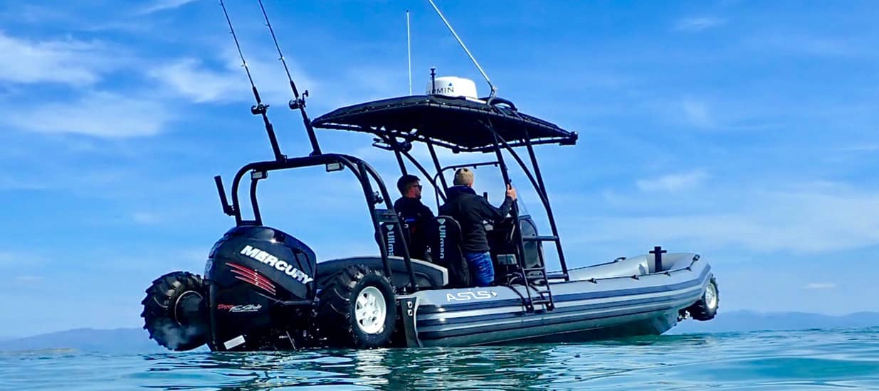 amphibious craft 8.4m