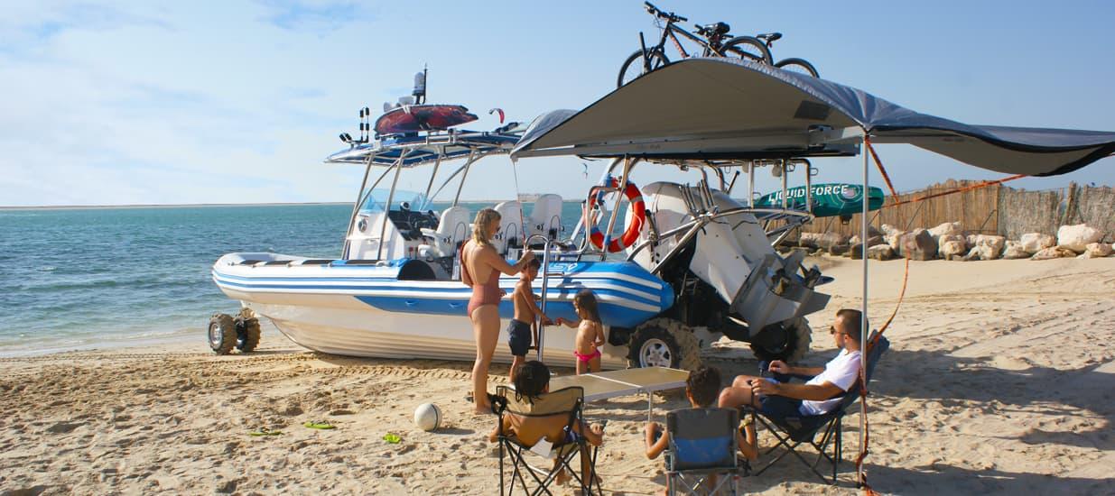 amphibious boat 9.8m on the beach