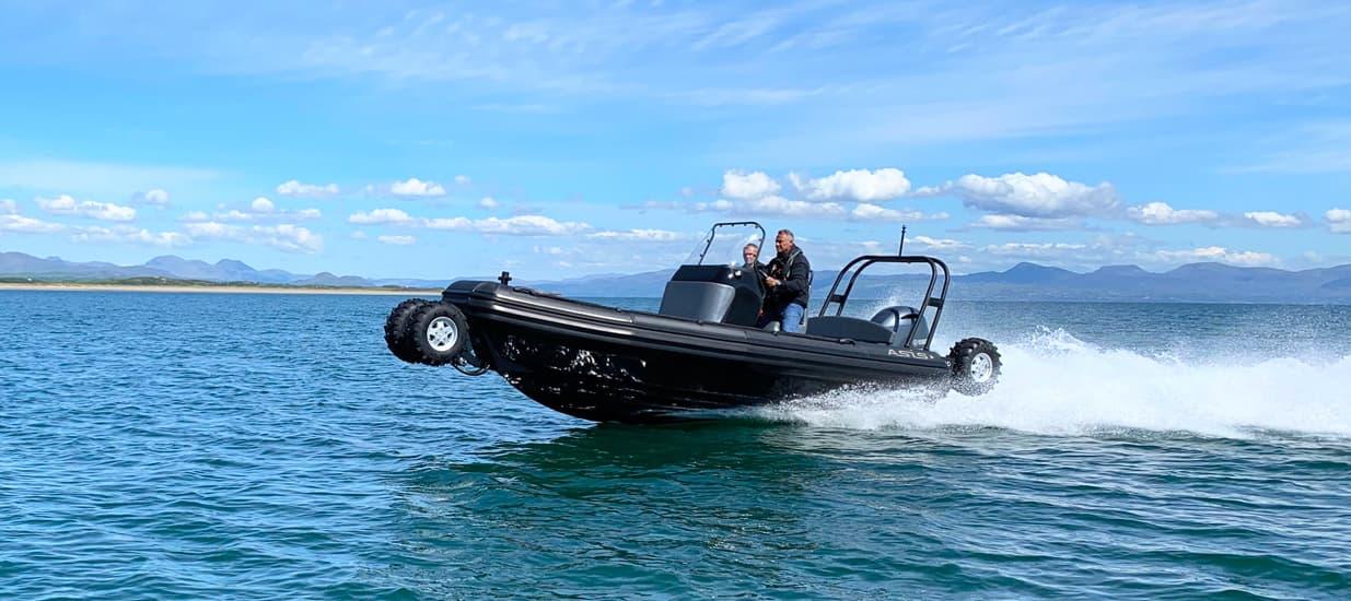 fast amphibious craft