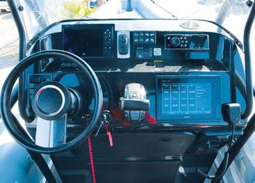 ASIS Amphibious 8.4m push button
