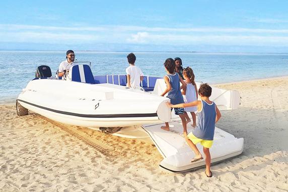 amphibious boat beachlander