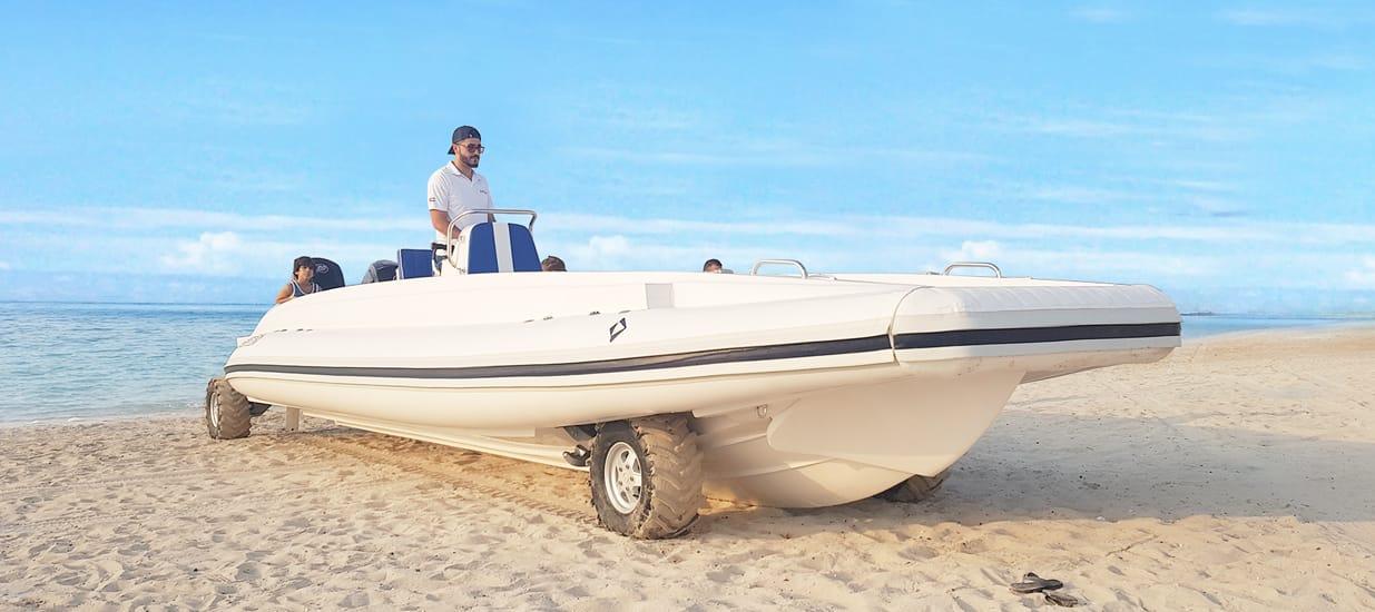 amphibious-beachlander-boats